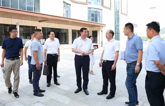 刘星泰:深入开展矛盾纠纷排查化解工作 为新中国成立70周年大庆营造安全稳定的社会环境